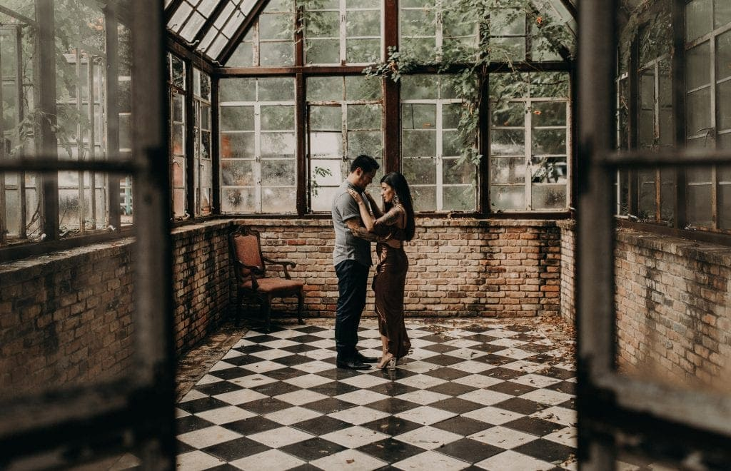 Rainey street Austin Texas wedding photographer engagement session